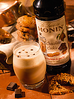 Monin Chocolate Cookie Flavoured Coffee Syrup 70cl